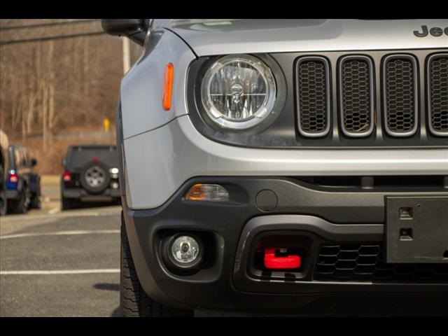Pre-Owned 2015 Jeep Renegade Trailhawk